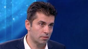 Министър: Свързани с Пеевски фирми са взели 500 млн. лв. от ББР